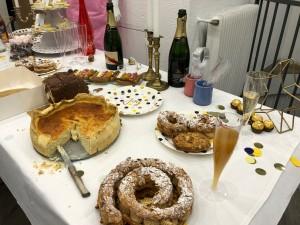 Table garnie du goûter Manelli